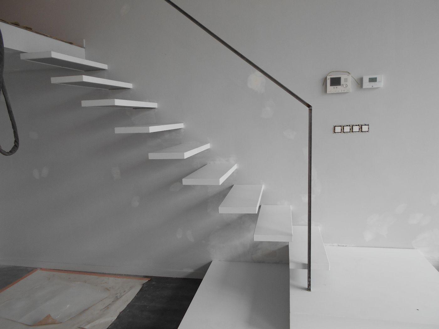 escalier flottant fabulous source steven ginn architects. Black Bedroom Furniture Sets. Home Design Ideas
