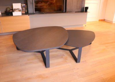 Table en acier laqué et bois